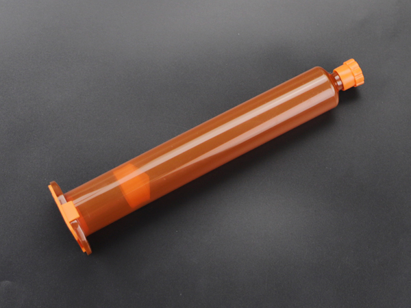 E型淡琥珀色针筒